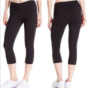 Lucy Hatha Capri Legging Pants Sz. S